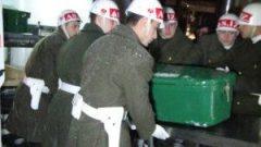 Fırat Kalkanı ABD Emperyalizminin askerlerine kalkan oluyor Yoksul Halk Çocuklarına da Mezar