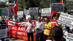 Real Market İşçileri Hileli İflasa, Haklarının Gasp Edilmesine, Sarı Sendikacılığa Karşı Direniyor, Mücadele Ediyor. Pazar Günü Konya'da Metro Market Önündeyiz.