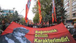 Anıtkabir'e Mustafa Kemal pankartımız alınmadı!