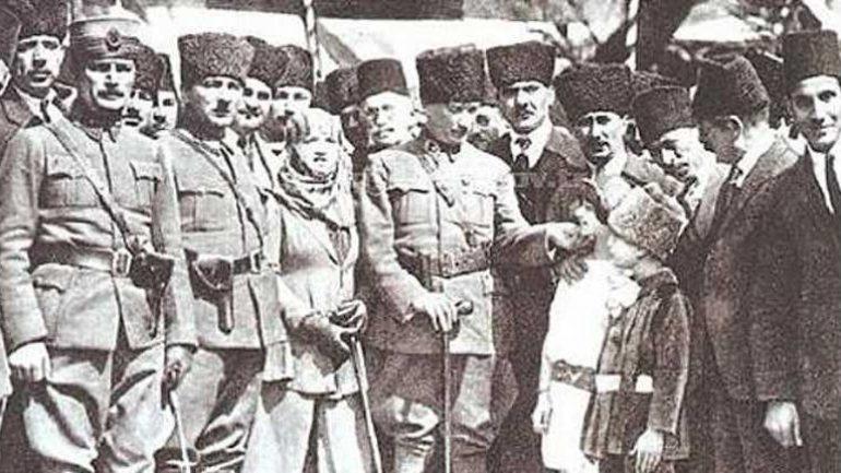3 Ocak Mersin'in İşgalden Kurtuluşu: Emperyalist Yedi Düvele karşı dişimizle tırnağımızla kazandığımız zaferin yıldönümüdür, kutlu olsun!