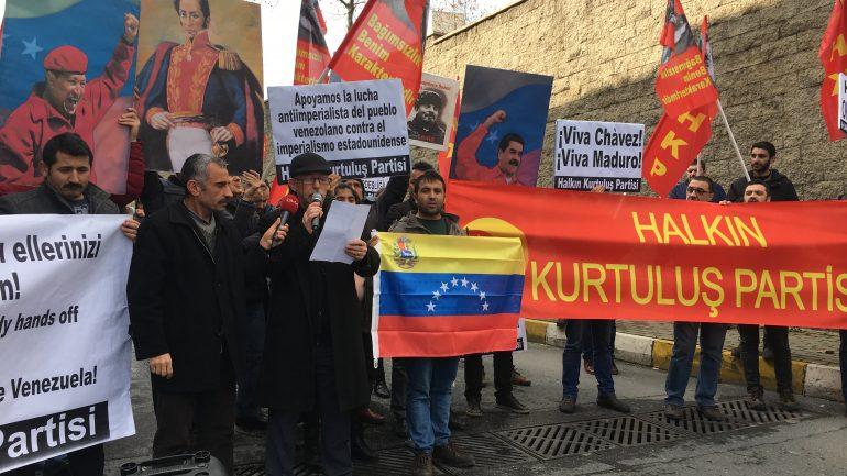 ABD ve AB Emperyalistlerinin Venezuela'daki hain planlarına karşı ABD Başkonsolosluğu önündeydik