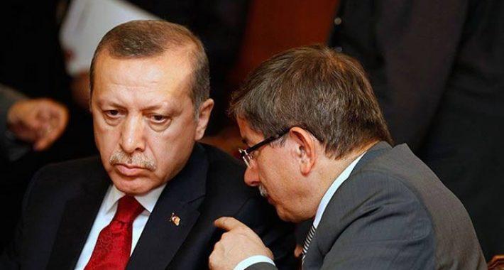 Ahmet Davutoğlu ve tespit edilecek suç ortakları hakkında,  Anayasayı ihlal ve terör suçundan suç duyurusunda bulunduk