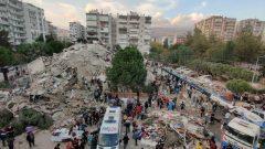Yaşanan felaketin sorumlusu deprem değil,  Antika ve Modern Parababaları düzenidir,  özellikle de Ortaçağcı Tayyipgiller iktidarıdır