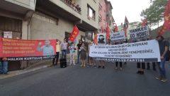 ABD Emperyalistlerinin Küba'daki alçakça provokasyonlarını ABD'nin İstanbul'daki Başkonsolosluğu ve Ankara'daki Büyükelçiliği önünde protesto ettik