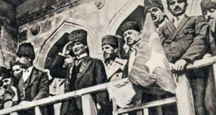 99'uncu Yıldönümünde İzmir'in Kurtuluşu kutlu olsun!