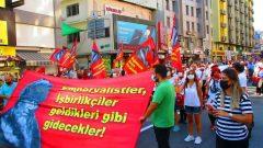 İzmir'in Kurtuluş Günü'nde yapılan yürüyüşte yerimizi aldık